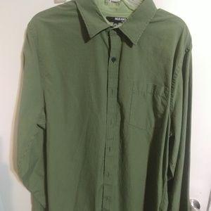 Murano mens buttom down shirt xl